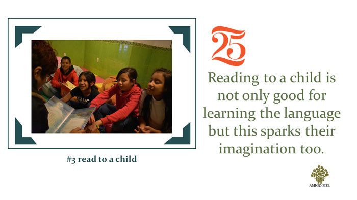 3 of 25 ways: reading to a child